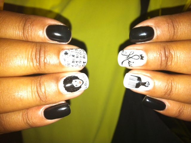 Check out her FAB nails!! I'm not a nail polish person, but LOVE this!!