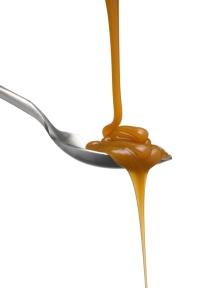 Pouring-Caramel-Sauce-iStock