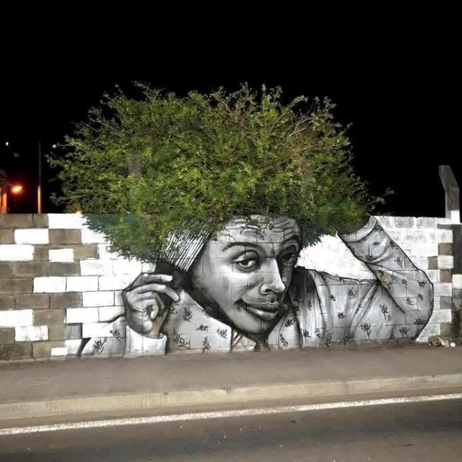 natural hair mural