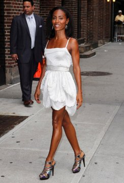 Jada-Pinkett-Smith legs